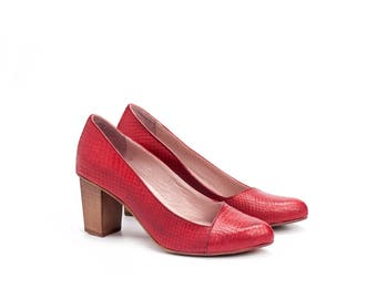 Red High Heels Leather Shoes / Women Pumps / Evening Wooden Heel Shoes / Office Shoes / Elegant Sexy Shoes / Snake Skin Pattern Shoes - Rose