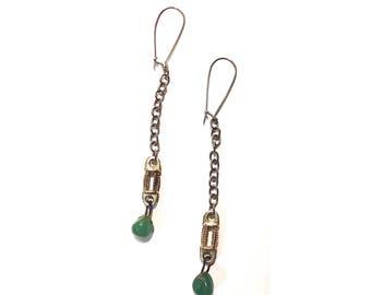 Green Chalcodony tear drop earrings