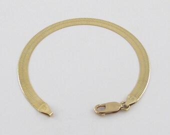 "14K Yellow Gold Herringbone Bracelet - 14k Yellow gold Women's Bracelet 7"" 6.6 grams"