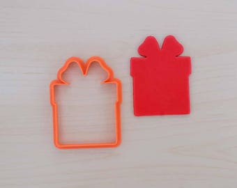 Christmas Gift Box Cookie Cutter