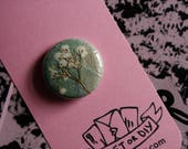 "pressed flower vintage botanical buttons / 1"" inch buttons / wearable art"