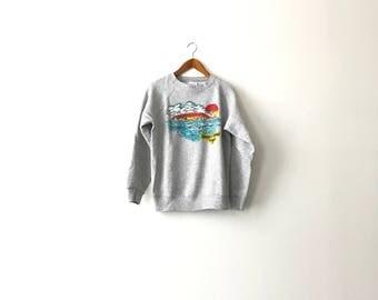 Scenic 80s Tangier Island Tourist Sweatshirt - L