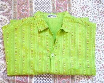 80's shirt Off Broadway 80's 90's Vintage shirt Green with Egyptian symbols Short sleeve Holidays Resort shirt medium large size