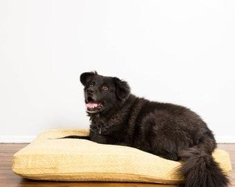 Honeycomb Mudcloth Dog Bed // Large