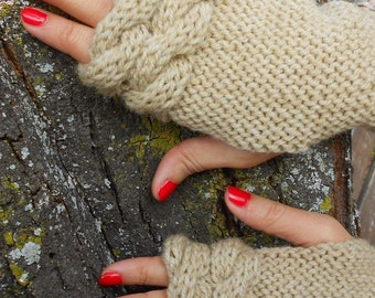 Hand made gloves, Cable knit mittens, Fingerless cream gloves