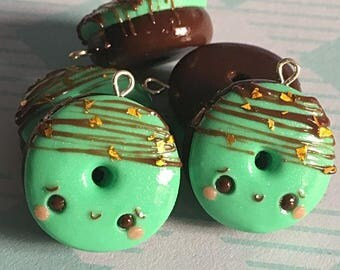 Mint Chocolate Chip Kawaii Donut Charm, Polymer Clay Charm, Planner Charm, Keychain, Necklace, Kawaii Charm, Doughnut, Donut, Cute Gift