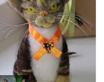 Custom Cat Portrait/ Custom Pet Portrait/ Needle felted Cat/  Pet portrait/ Custom  Cat/ Wool cats/ Cat lover gift/ Pet Urns/ Felted pets