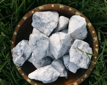 Howlite - Rough, Raw