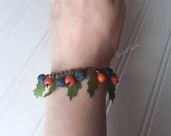 berry bracelet - blueberry - bracelet - holly tree - holly berries - holiday - gift - polymer clay jewelry - gift for her