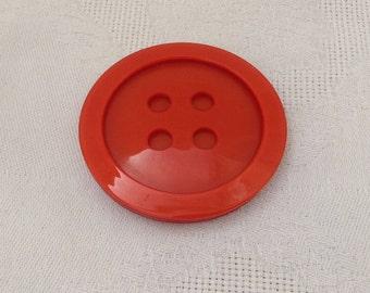 Retro Button Brooch