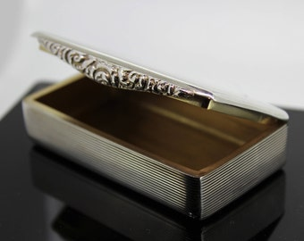 Solid Silver Snuff Box Hallmarked London 1931