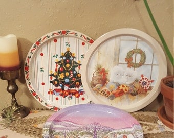 Choice of Early 90's vintage Christmas trays.  Retro 90's Christmas cooke trays with angled edge.