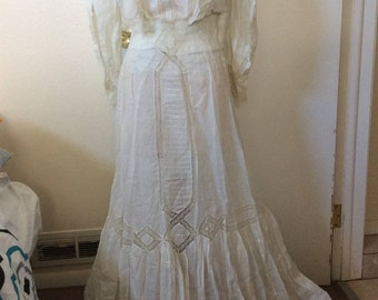 1890s-1910s Victorian Edwardian White Lace Tea Dress Set