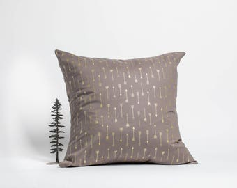 20 x 20 throw pillow, cushion, Arrows, Michael Miller fabric,