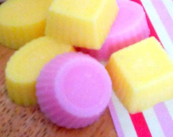 Highly scented wax melts - Rhubarb and Custard - Soy wax - Gift for her - Birthday gift