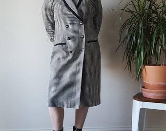 Gingham long-line blazer