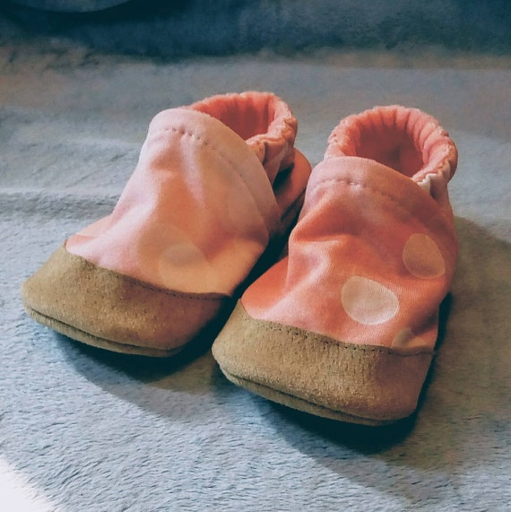 Pink Bokeh: Soft Sole Baby Shoes 12-18M