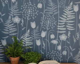 SAMPLE of Charlotte's Garden wallpaper in inkwell