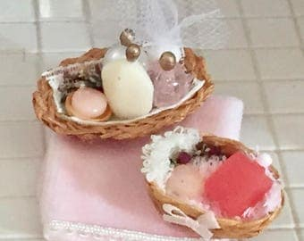 Miniature Bathroom Accessory Set, Pink Towel, Filled Baskets, Soaps, Perfumes, Dollhouse Miniature, 1:12 Scale, Bathroom Decor