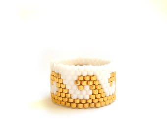 White and Gold Wave Ring, Beaded Ring, Seed Bead Ring, Gold Plated Ring, UK Seller