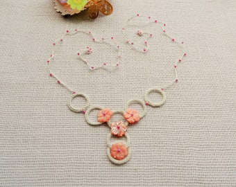 Crochet Necklace - Natural Linen Necklace - Choker - Circle Necklace - Mother of Pearls Flowers Necklace - Delicate Necklace- Pink Necklace