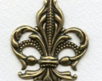 Show Stopping Fleur-de-Lis, Ox Brass Stamping, Awesome Fleur-di Lis Pendant, 56mm Long, 47mm Wide, X1