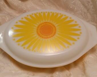 Pyrex Yellow Daisy Divided Casserole Dish