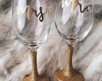 Painted glittered wine glasses