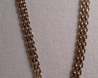 Gold Metal Necklace: