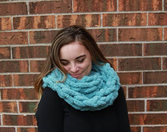 Chunky Infinity Scarf - Chunky Scarf - Infinity Scarf - Chunky Knit Scarf - Gift for Her