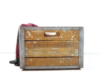 Vintage Dairy Crate / Metal and Wood Jersey Creamery Detroit Milk Crate / Rustic Storage