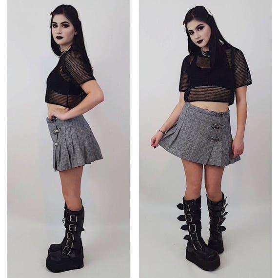 90's Black White Grey Plaid Mini Skirt Small - Vintage 1990s High Waist Pleated Skirt - Plaid Schoolgirl Grunge Punk Goth Summer Miniskirt