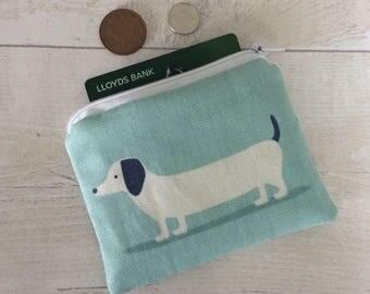 Blue dog purse, Dachshund dog makeup bag, dog coin purse, Dachshund purse, zip pouch, blue doggy purse, sausage dog purse