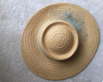 Vintage 1930's Straw Hat Large Brim Natural Colour French Net Pearl Hat Pin ExcellentVery clean For 1930 vintage collection,women summer