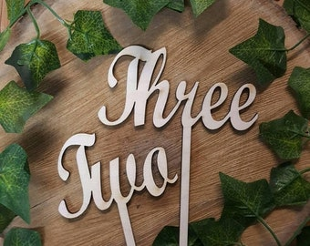 Wedding table numbers for rustic  wedding wood centerpiece sticks