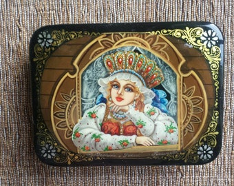 """Fedoskino Lacquer box """"By the Window"""", Russian Beauty , Russian costume, Russian art, lacquer miniature, Christmas gift"""