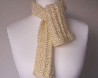 GetWoolly cream, handknitted scarf, wide ribbed knit
