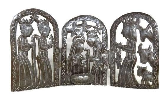 "Tri-fold Holiday Nativity Scene Haitian Metal Art, 15"" X 7.5"""