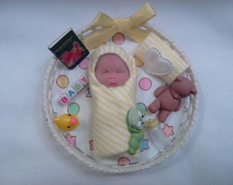 "Polymer Clay Babies ""It's A Newborn Bundle Baby"" BABY SIZE 2.5"" Gift, Collectible, Keepsake, Baby Shower, Gender Neutral Can Be Boy or Girl"