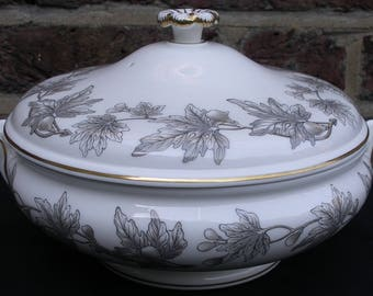 Dishes. Wedgwood Ashford Tureen Dish