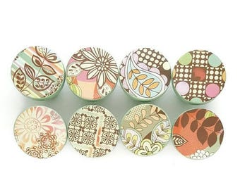 SUMMER SALE Paisley Mod Drawer Knobs