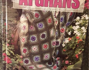 Leisure Arts A Year Of Afghans 1997 Crochet Patterns 52 Designs By Month 108203