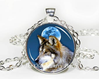 Grey Wolf- Glass Pendant Necklace/Mother's day/Moon Necklace/gift for her/girlfriend gift/wolf gift/ wild wolf necklace/birthday gift