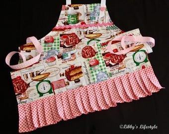 Vintage baking women's apron. Handmade.