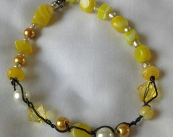 Yellow and gold beaded wire-wrapped wire bracelet