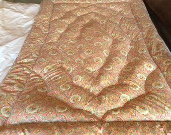 A lovely plump Vintage 1930s Paisley Single Feather Eiderdown, pink, green, yellow, cream, in excellent condition.