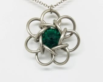 Celtic Rosette 7 Stainless Steel Chainmaille Pendant with Emerald Green Swarovski Rivoli