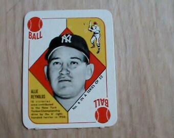 Vintage 1951 Topps red back baseball card Allie Reynolds Nice