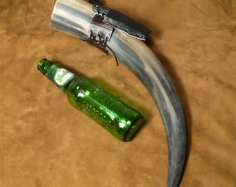 Drinking horn, featuring belt holster with corkscrew, very viking