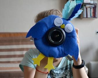 Camera Lens Buddy. Bird lens buddy. Photographer helper. Children photographer.